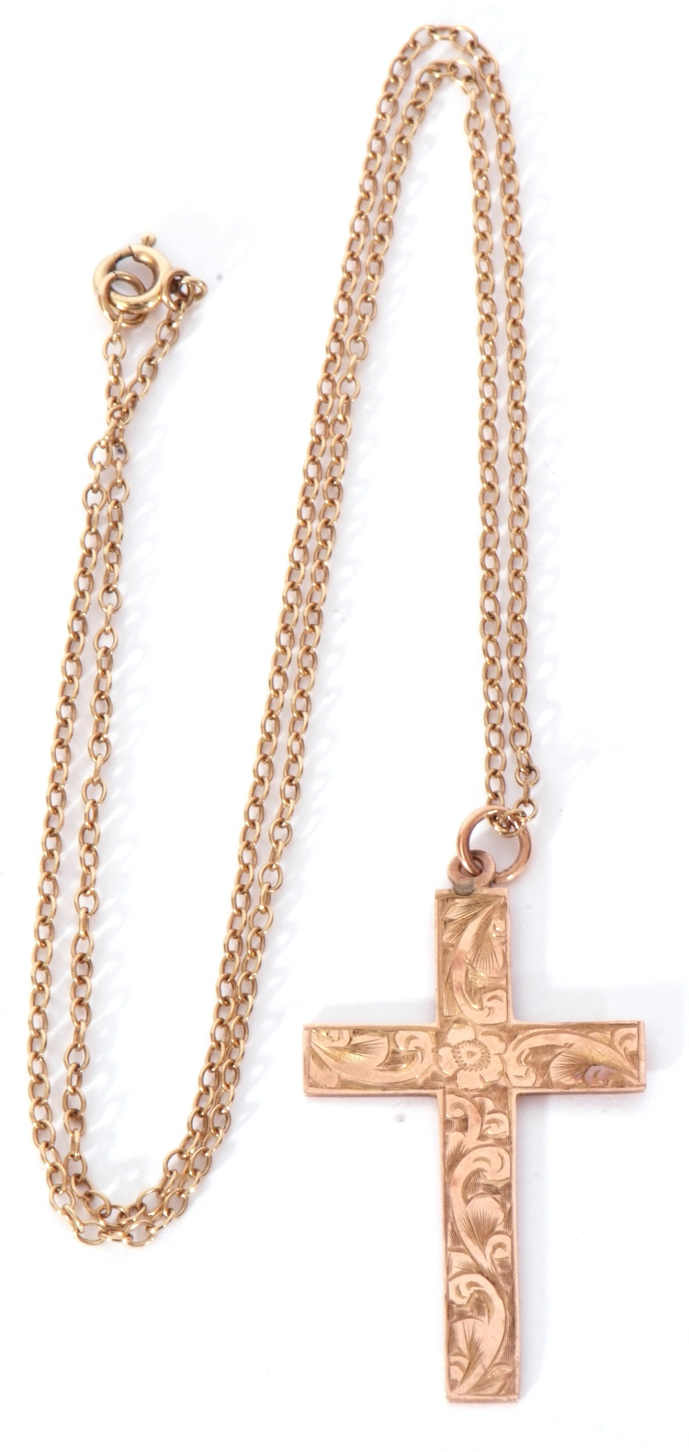 9ct stamped cross pendant, chased and engraved scroll decorated front, 35 x 22mm - Image 2 of 5