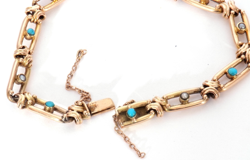 Vintage 15ct stamped bracelet, the oval open work links alternate set centring a turquoise and a - Image 5 of 6