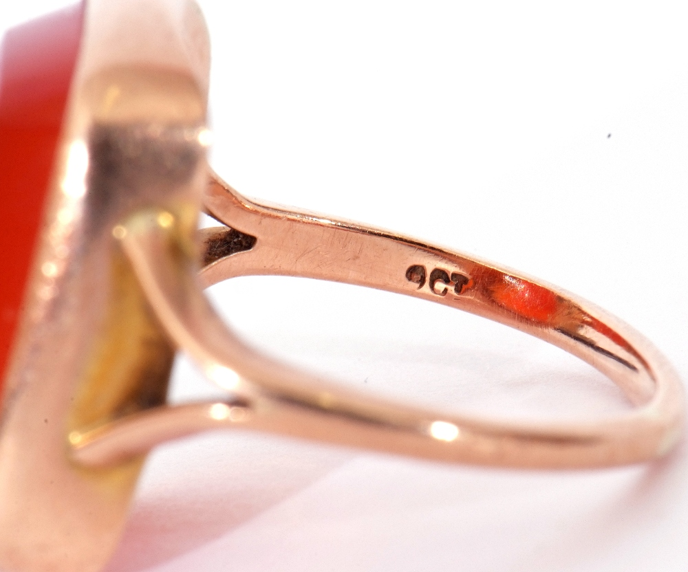 9ct stamped carnelian dress ring, the rectangular cut carnelian 18 x 12mm, bezel set and raised - Image 7 of 10
