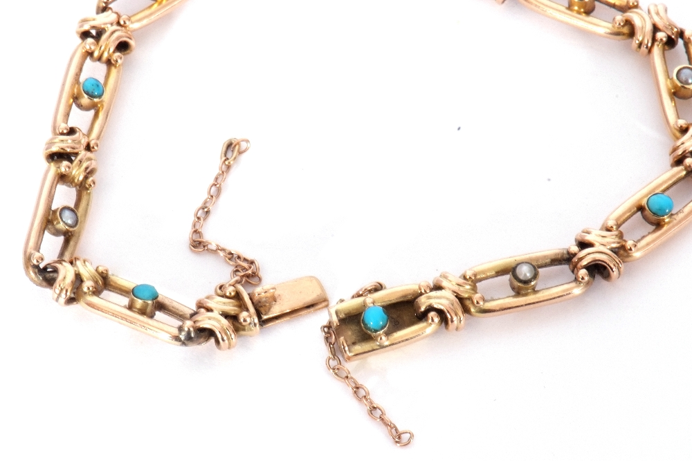 Vintage 15ct stamped bracelet, the oval open work links alternate set centring a turquoise and a - Image 6 of 6