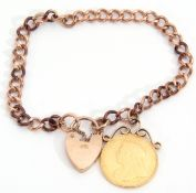 Victorian gold sovereign dated 1893, suspended on a curb link 9ct gold bracelet with padlock, g/w