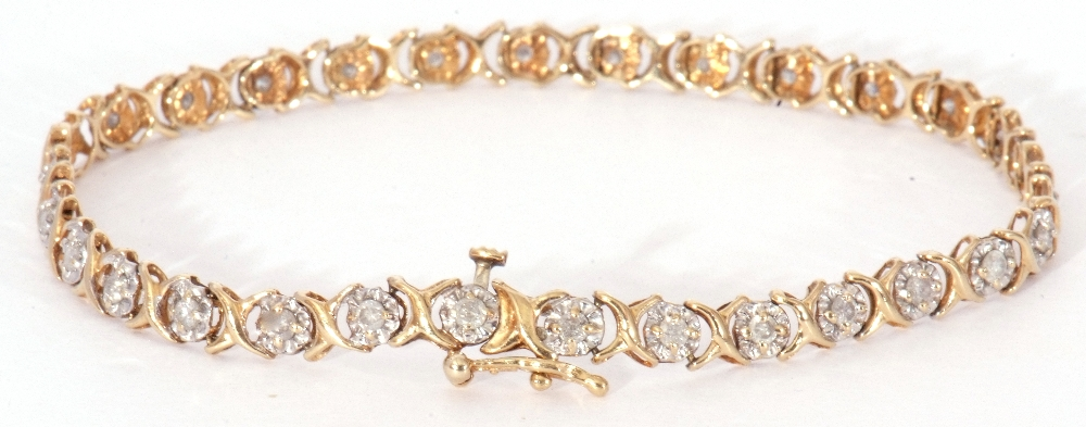 Diamond set line bracelet featuring 30 small diamonds, each in an illusion setting, joined by X- - Image 2 of 6