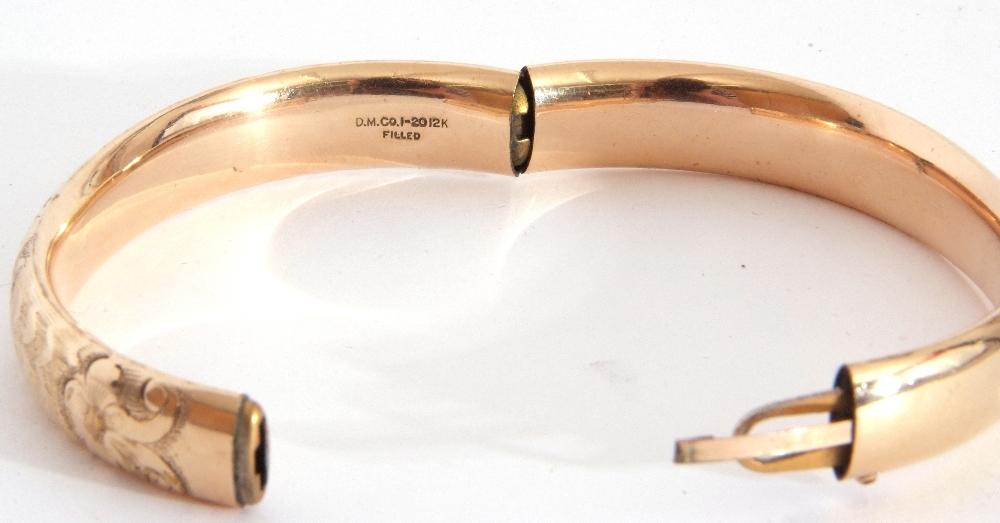 Gold plated hinged bracelet, part chased and engraved, inside diam 5.5 x 6cm - Image 4 of 5
