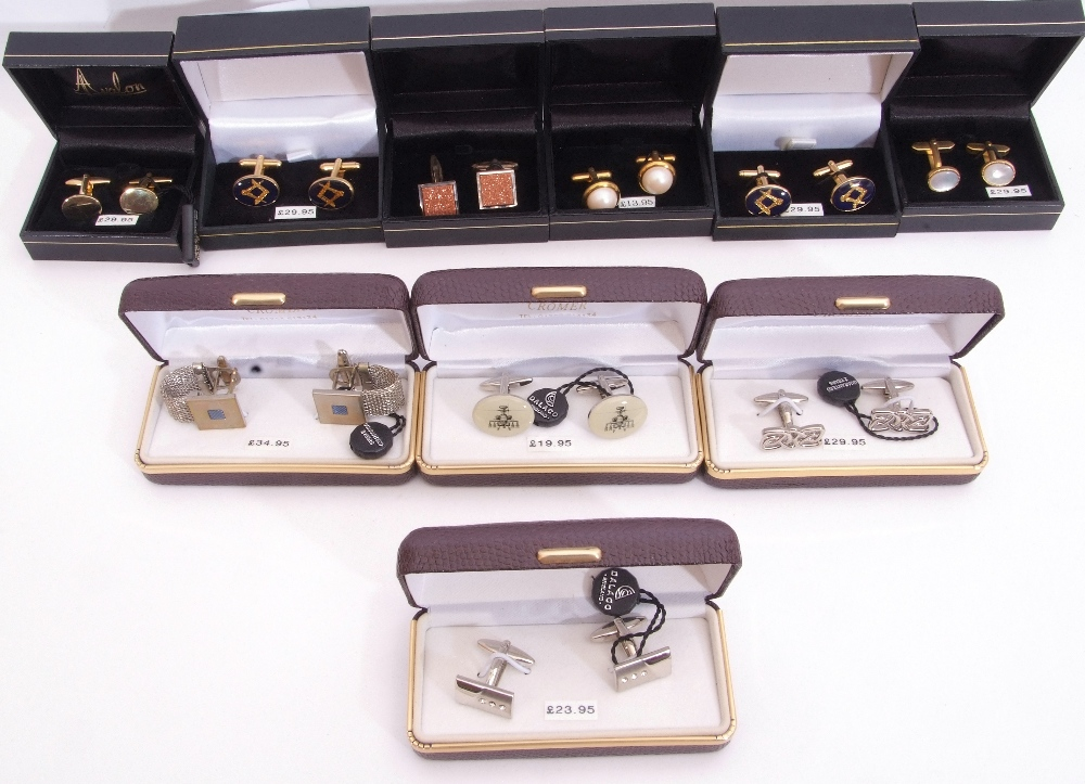 Mixed Lot: ten cased gents cuff links