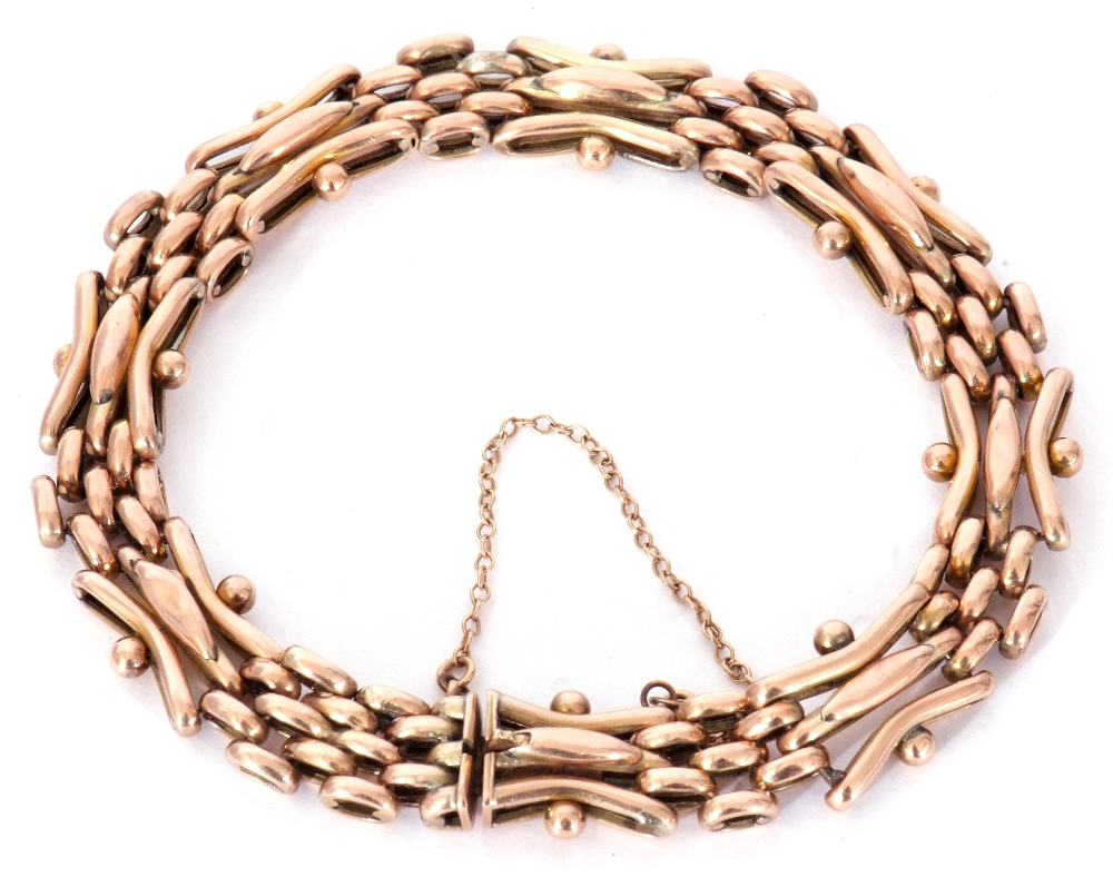 Antique 9ct stamped gate bracelet, a three-bar gate link design joined by mesh work design links,