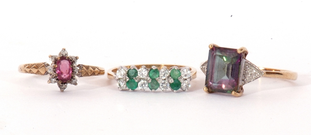 Mixed Lot: 9ct gold pink stone and small diamond cluster ring, a 9ct gold mystic coated topaz and - Image 2 of 8