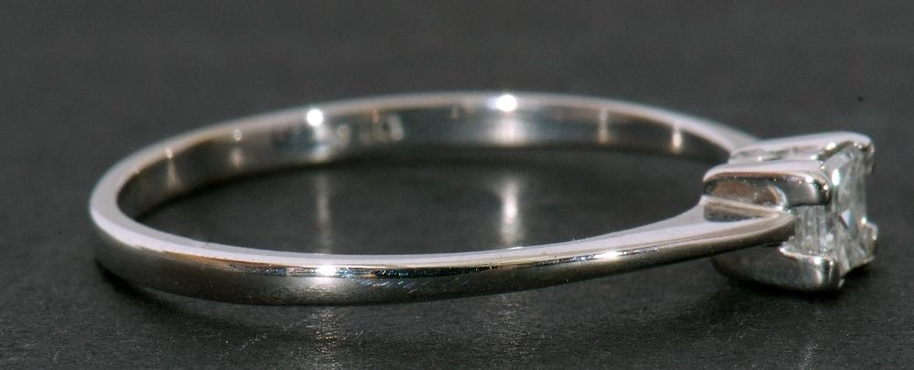Modern 9ct white gold, diamond single stone ring, featuring a princess cut diamond, 0.20ct approx, - Image 7 of 11