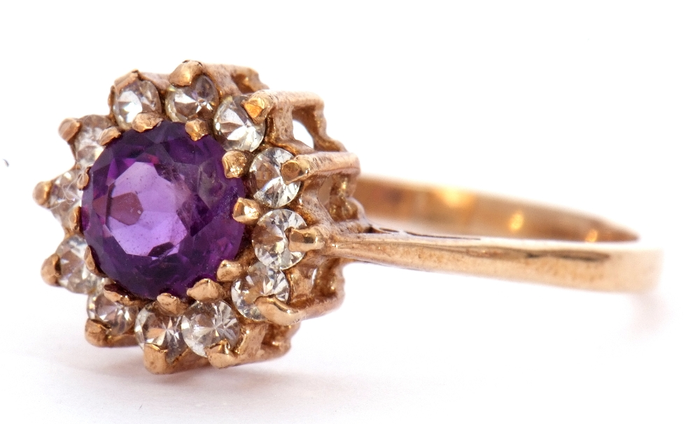 Modern 9ct gold amethyst and paste set cluster ring, size S - Image 3 of 10