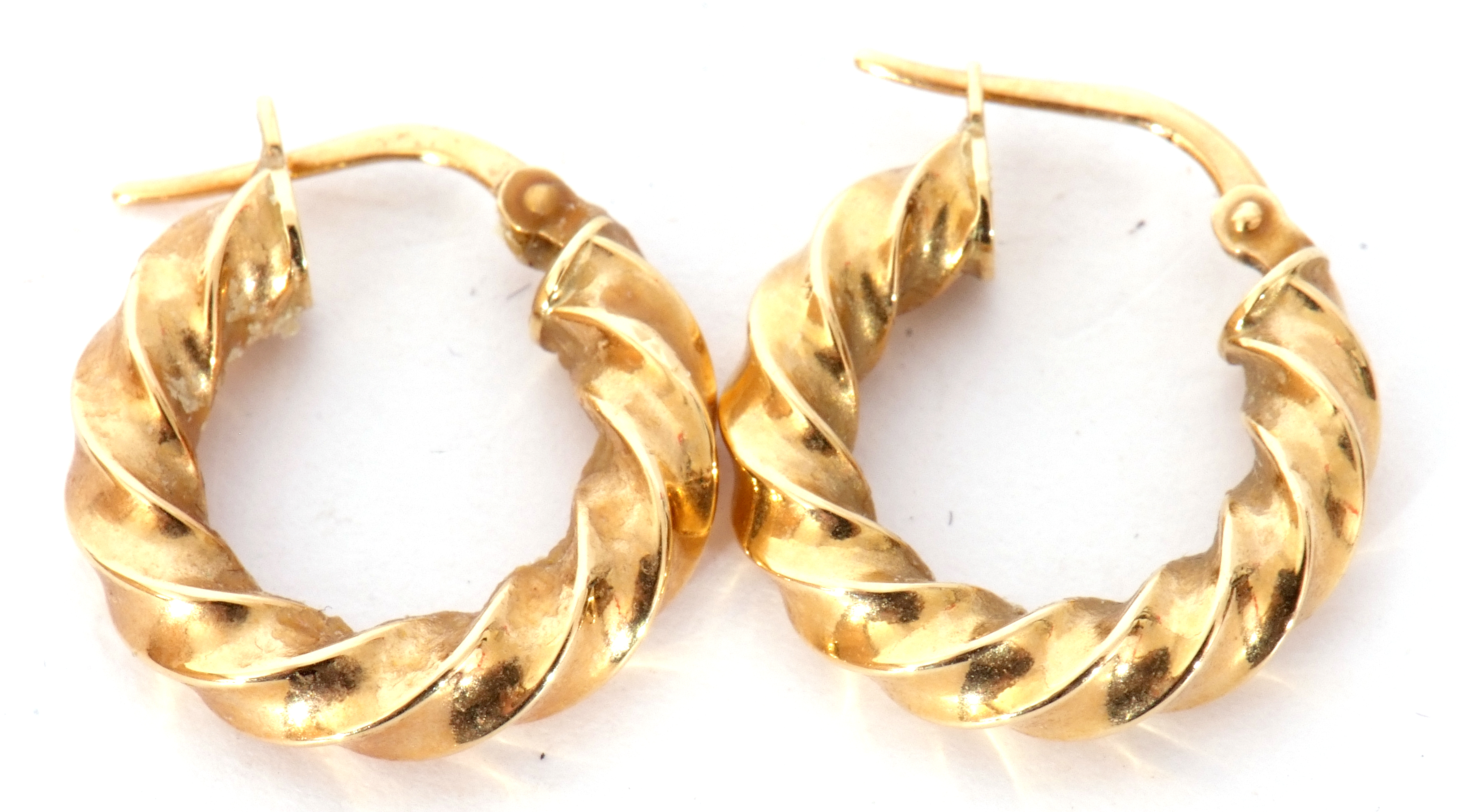 Pair of 750 stamped creole earrings, 1.7gms - Image 2 of 2