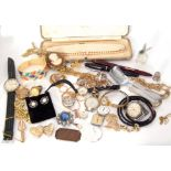 Mixed Lot: costume jewellery to include brooches, bracelets, Queensway fountain pen, watches etc