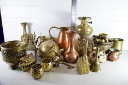 TRAY CONTAINING BRASS WARES, OIL LAMP, TWO COPPER JUGS ETC