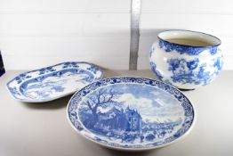 CONTINENTAL POTTERY DISH WITH CASTLE SCENE TOGETHER WITH A 19TH CENTURY BISTO BLUE AND WHITE