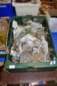 BOX CONTAINING VARIOUS GLASSES X 2