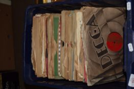 BOX CONTAINING GOOD QTY OF VARIOUS 78RPM RECORDS