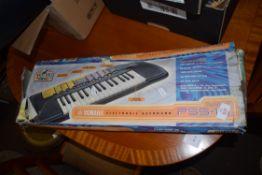 BOXED YAMAHA PSS-14 ELECTRONIC KEYBOARD