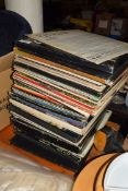 LARGE QTY OF MOSTLY CLASSICAL LP SETS