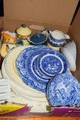 BOX OF BLUE AND WHITE AND OTHER CERAMICS
