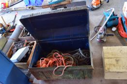 METAL TOOLBOX CONTAINING ROPE