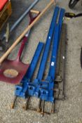 QTY OF SASH CLAMPS