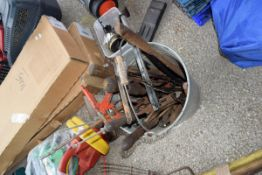 qty of hand tools