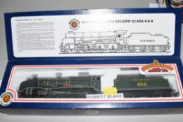 """Boxed Bachmann 00 gauge 31-404 Lord Nelson """"Robert Blake Maunsell"""" Southern green No 855 locomotive"""