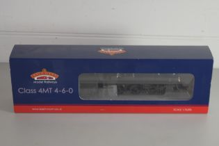 Boxed Bachmann 00 gauge 31-115 Standard Class 4MT 75027 BR2 tender BR lined, green late crest