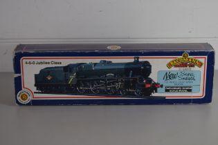"""Boxed Bachmann 00 gauge 31.152 """"Silver Jubilee"""" No 45552 locomotive"""