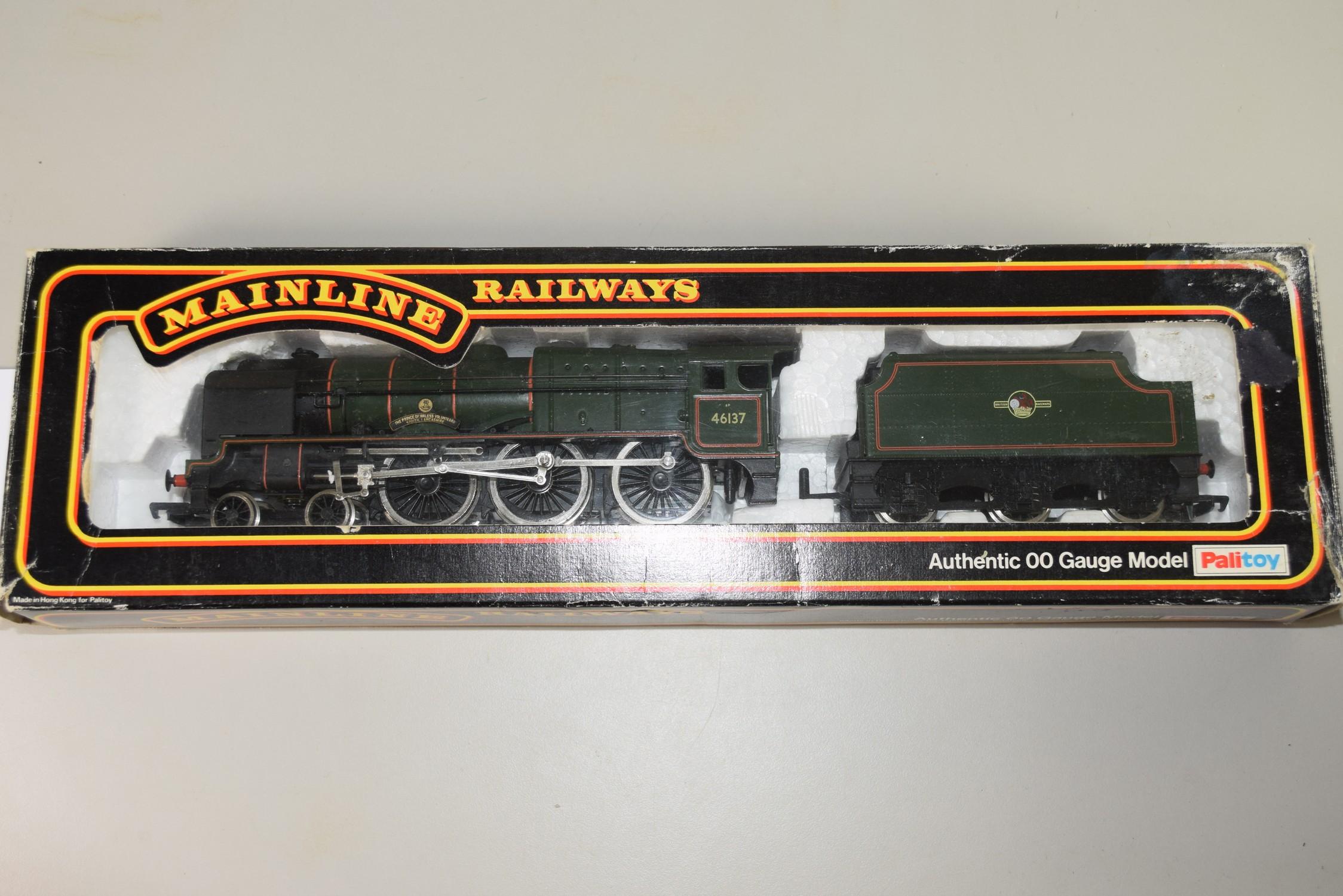 "Boxed Mainline Railways 00 gauge ""The Prince of Wales Volunteers South Lancashire"" locomotive No"