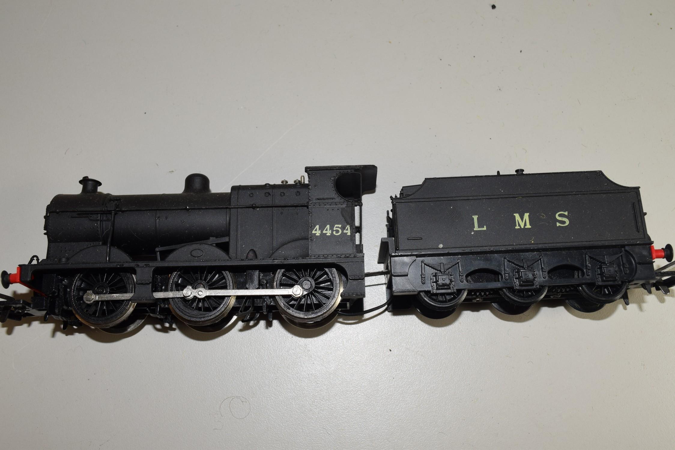 Unboxed 00 gauge Airfix locomotive no 4454