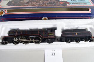 Boxed Bachmann 00 gauge 31-551 B2 Green Arrow BR black No 60800 locomotive