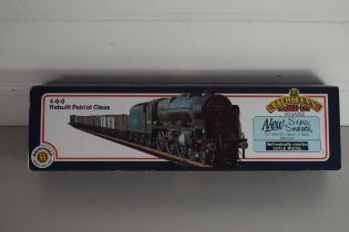 "Boxed Bachmann 00 gauge 31-202 rebuilt Patriot ""Morecambe & Heysham"" LMS lined black No 5526"