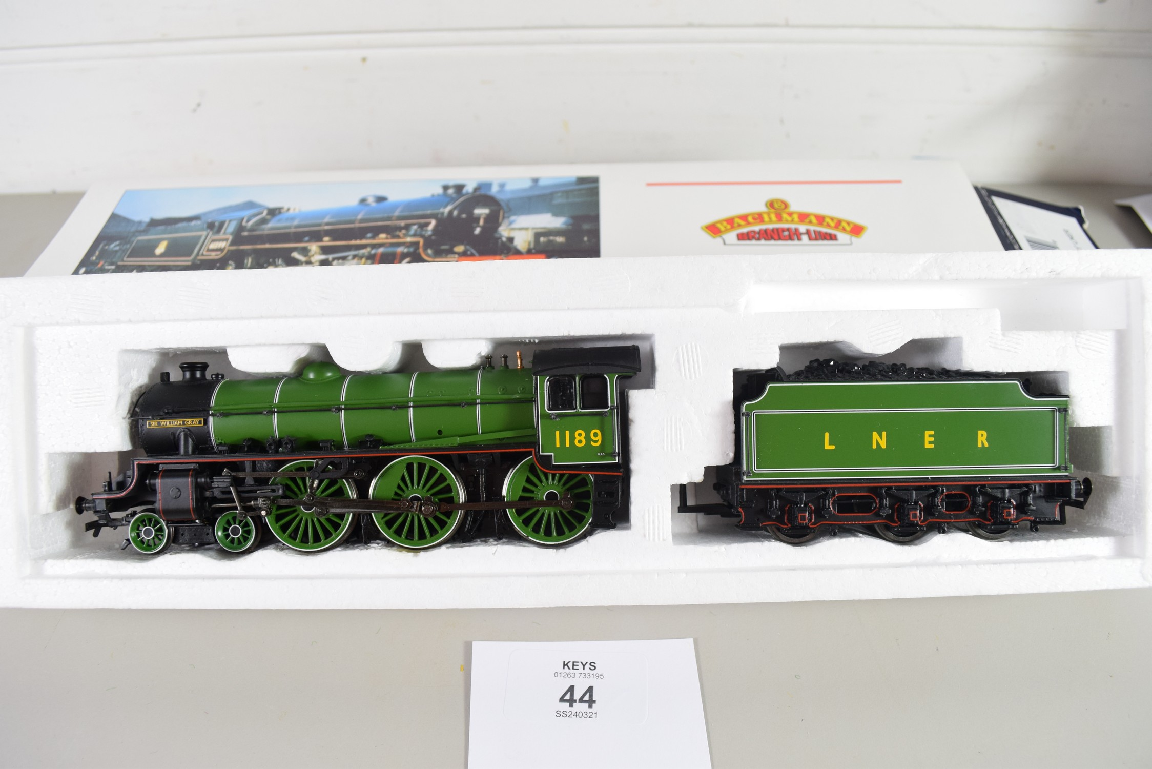 """Boxed Bachmann 00 gauge 31-711 B1 """"Sir William Gray"""" LNER Apple green No 1189 - Image 2 of 2"""