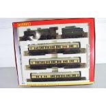 """Boxed Hornby 00 gauge """"The Cheltenham Flyer"""" set"""