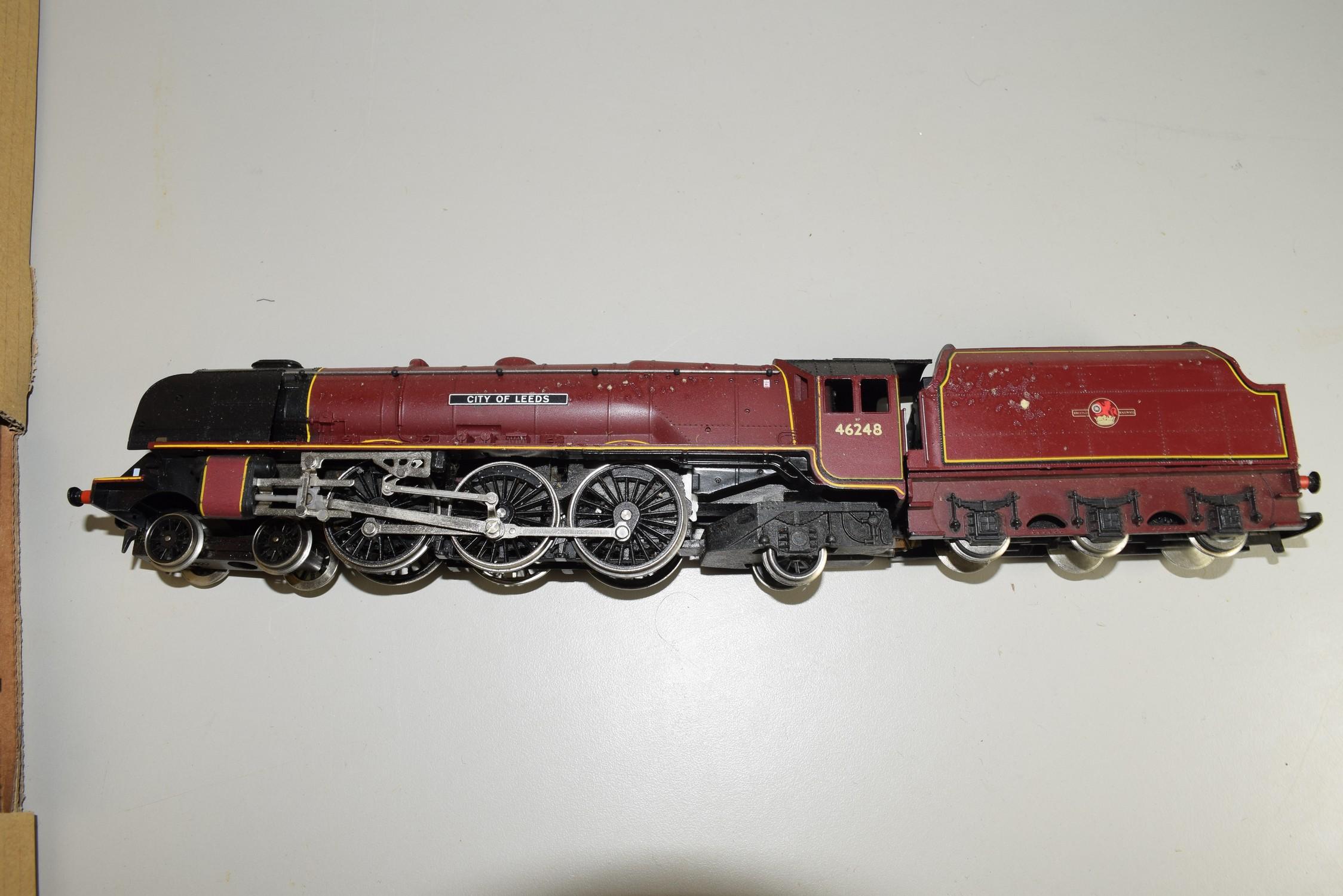 """Unboxed Hornby 00 gauge """"City of Leeds"""" locomotive no 46248"""