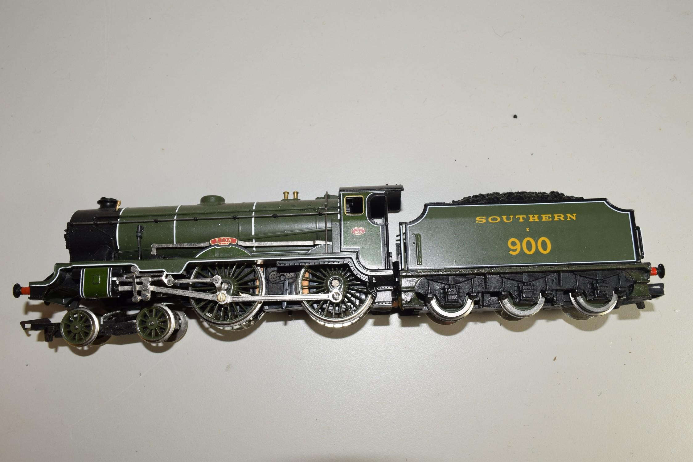 "Unboxed Hornby 00 gauge ""Eton"" locomotive no 900"