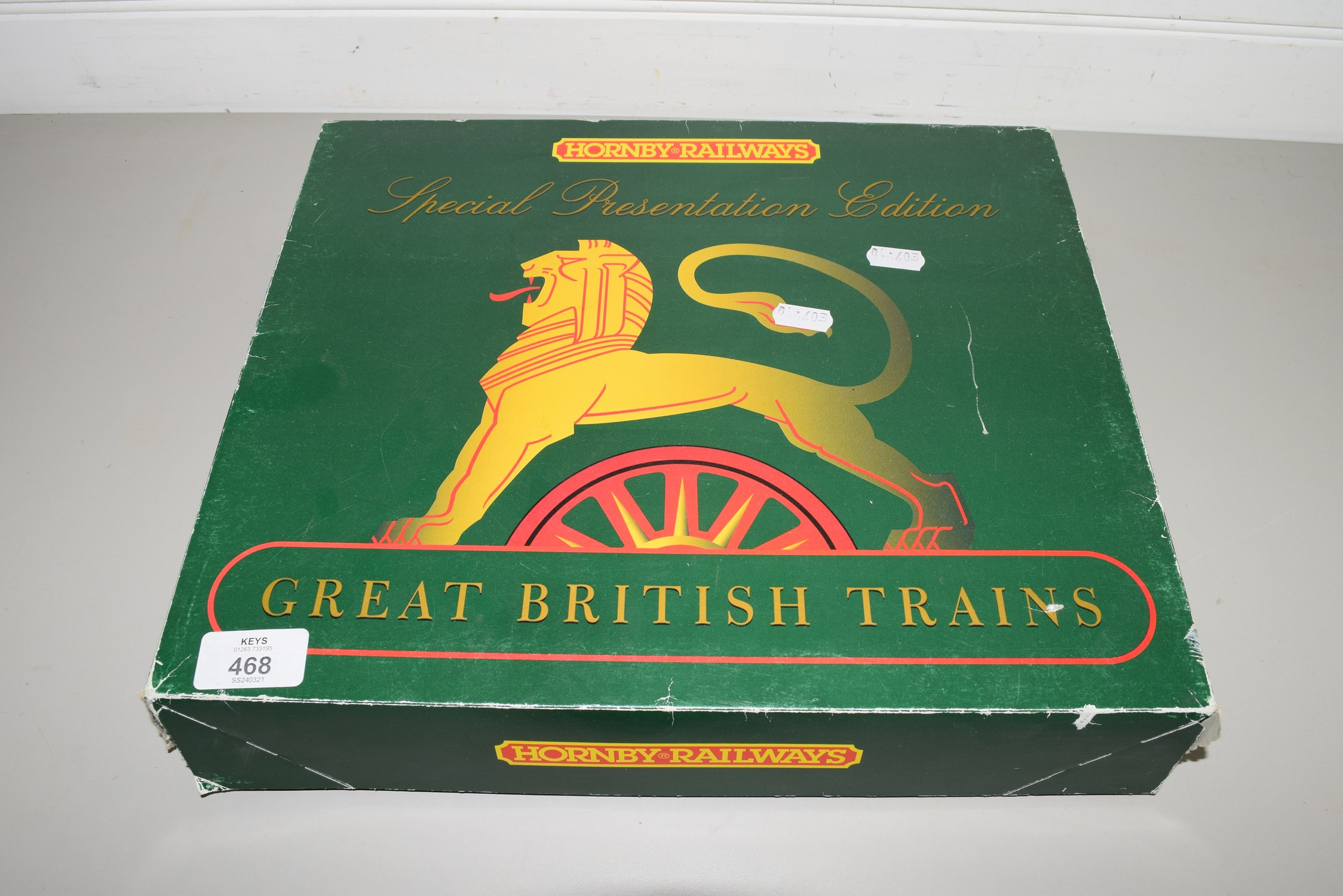 "Boxed 00 gauge Hornby Britannia class ""The Bristolian"" ""Venus"" 70023 set"