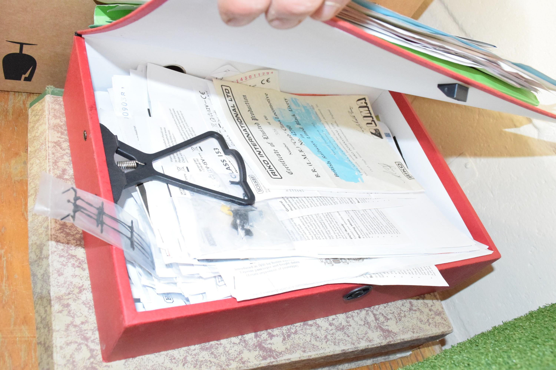 Quantity of folders containing model railway instructions etc - Image 3 of 5