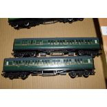 Group of two unboxed Hornby 00 gauge Southern Railway carriages