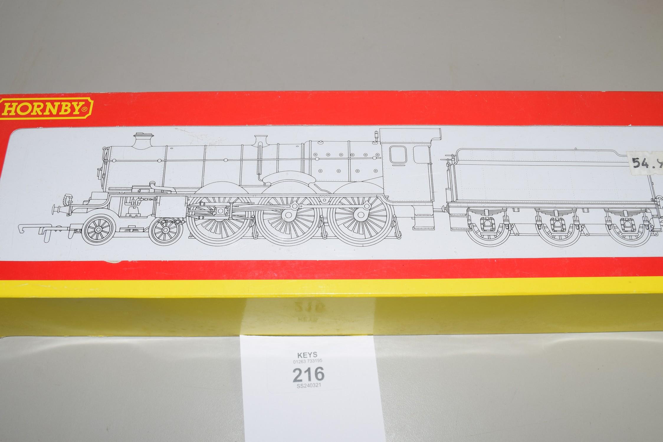 "Boxed Hornby 00 gauge R2551 BR 4-6-0 Castle class ""Farey Battle"" locomotive, No 5077"