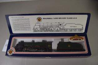 """Boxed Bachmann 00 gauge 31-402 Lord Nelson """"Sir Francis Drake"""" BR green No 30851 locomotive"""