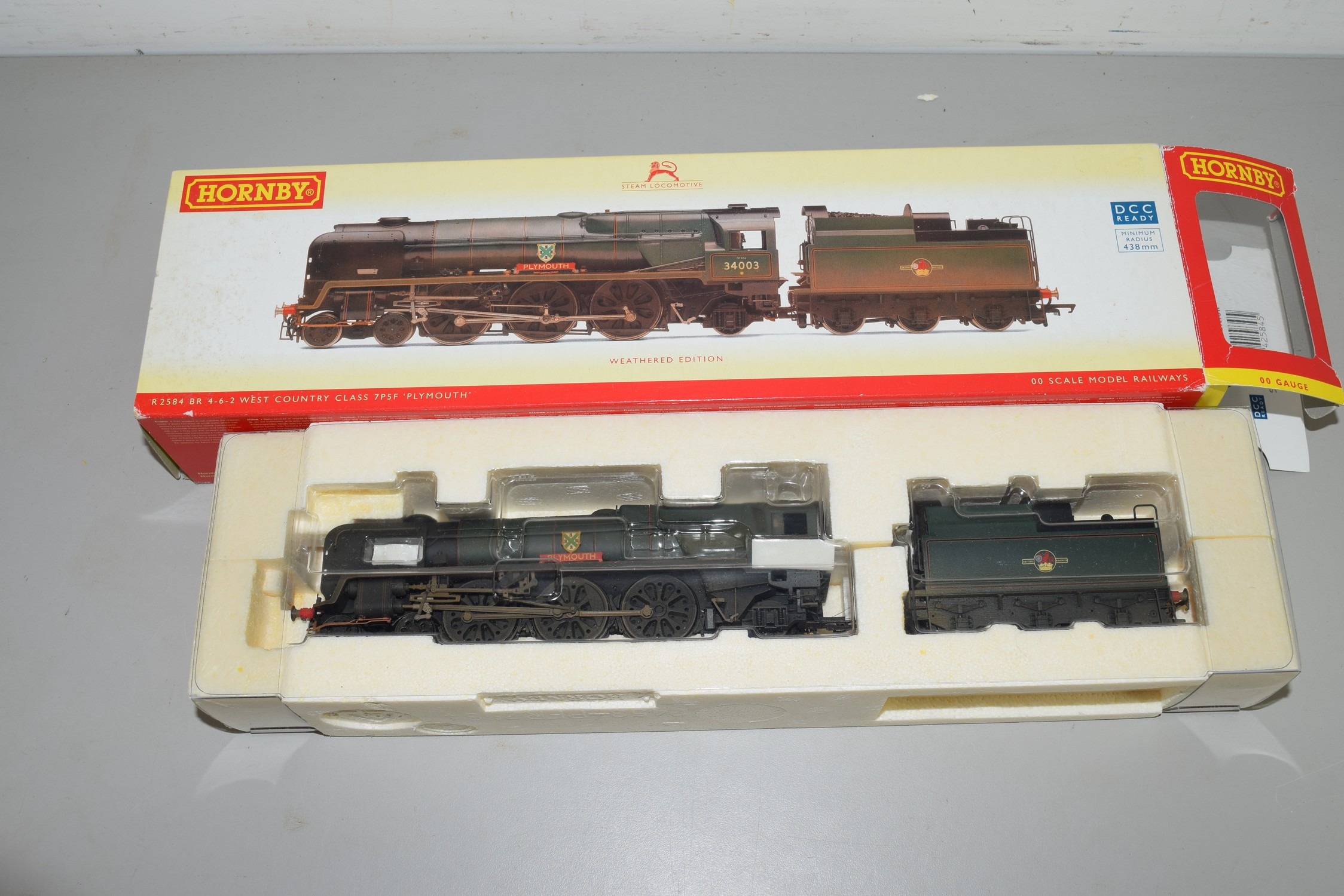 """Boxed Hornby 00 gauge R2584 BR 4-6-2 rebuilt West Country class """"Plymouth"""" locomotive, weathered"""