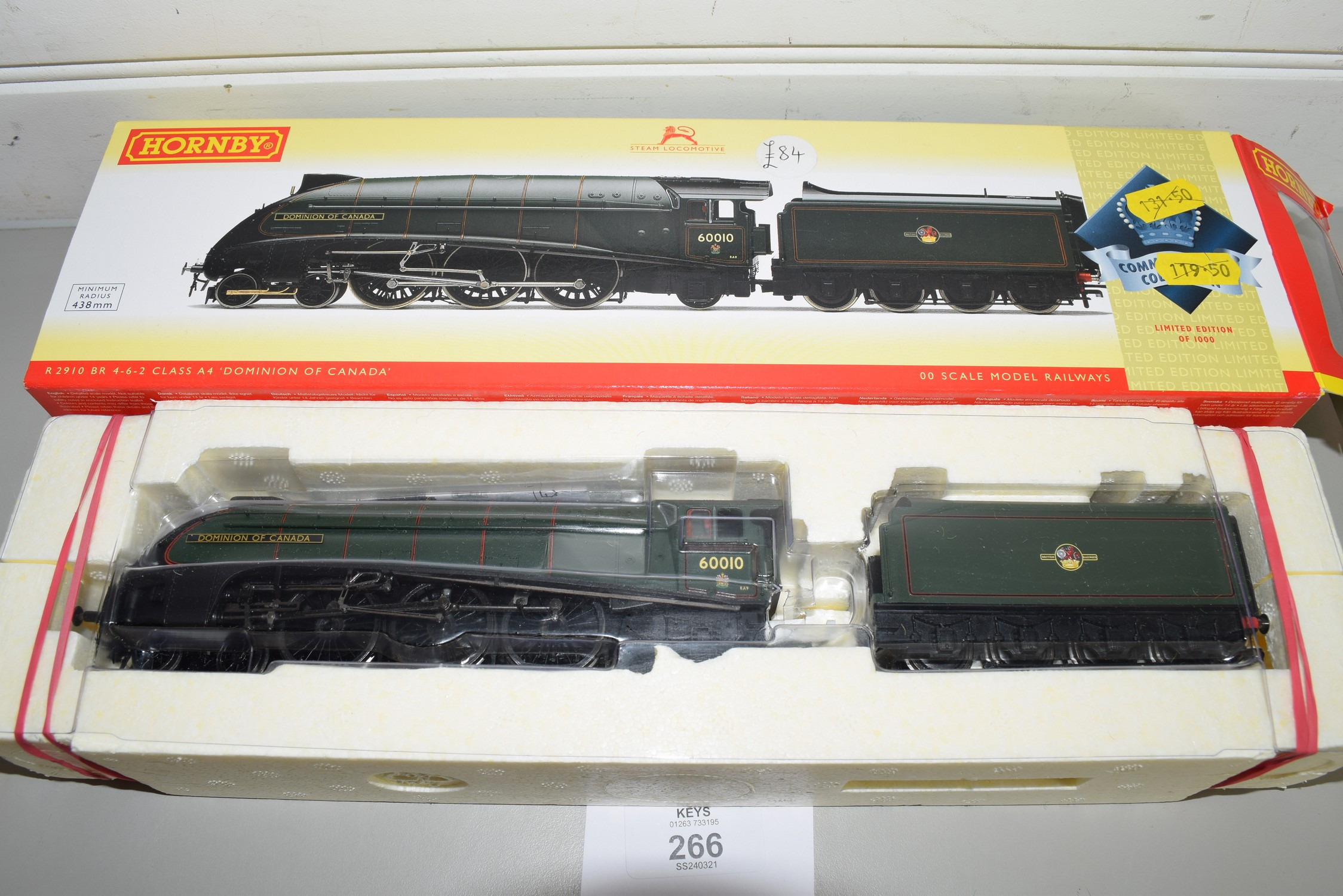 """Boxed Hornby 00 gauge R2910 BR 4-6-2 Class A4 """"Dominion of Canada"""" locomotive No 60010"""