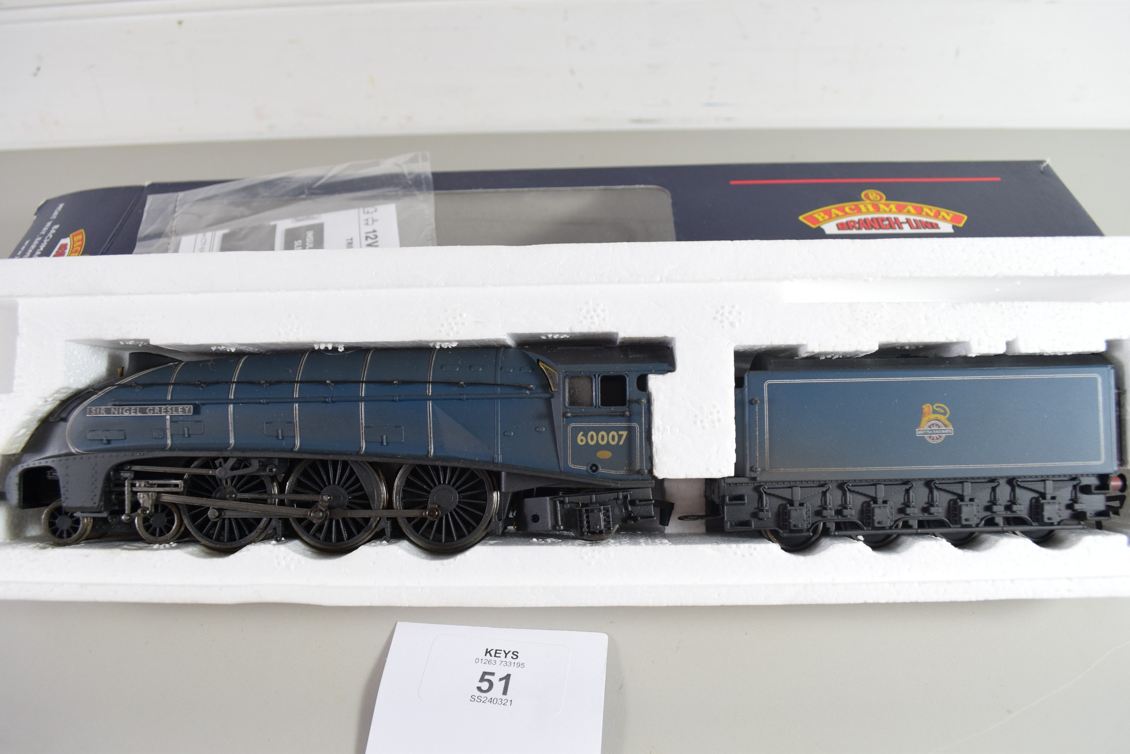 "Boxed Bachmann 00 gauge 31-954A ""Sir Nigel Gresley"", single chimney, BR blue, early emblem, - Image 2 of 2"