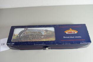 "Boxed Bachmann 00 gauge 31-958 A4 ""Guillemot"" BR green, late crest, No 60020 locomotive"