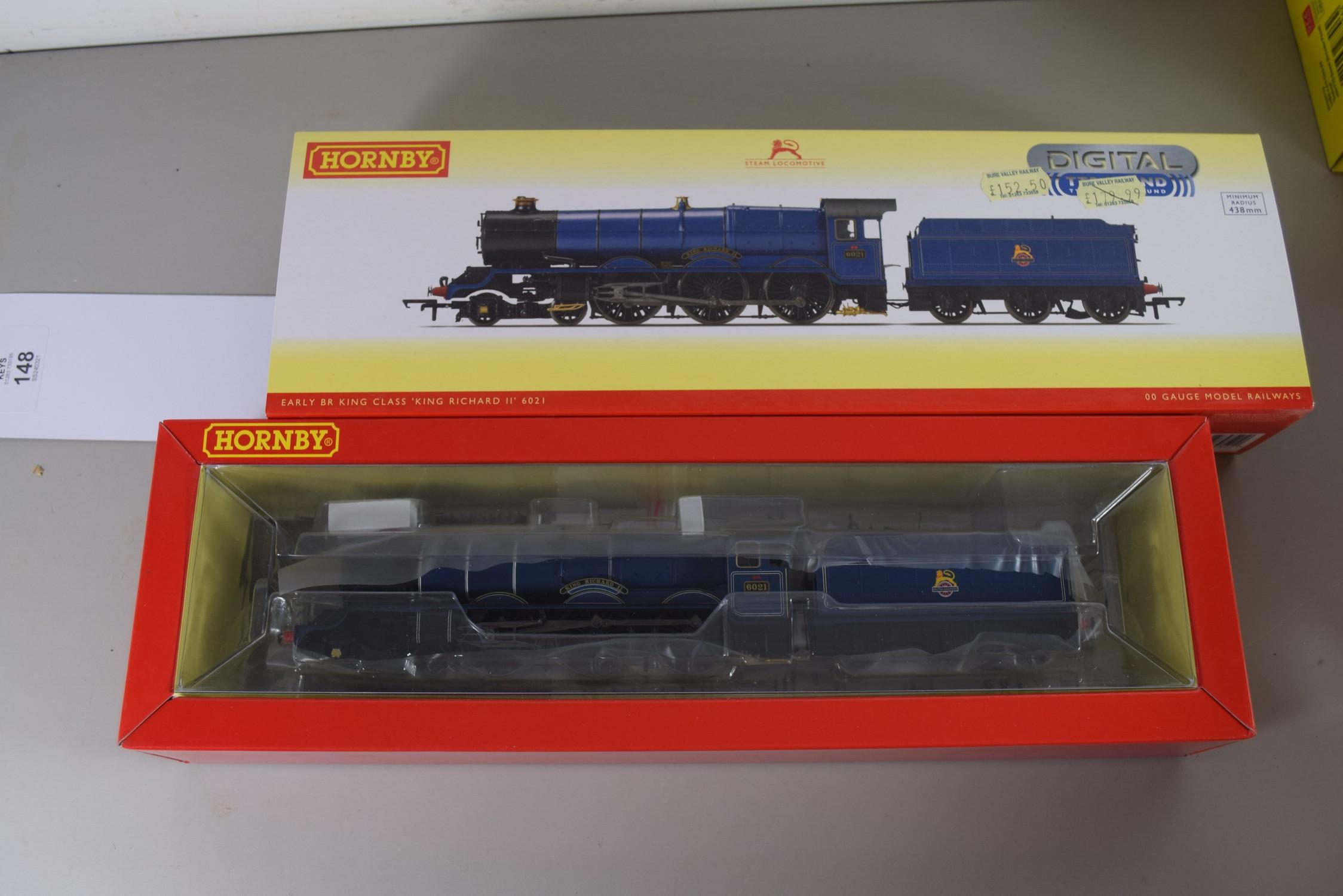 "Boxed Hornby 00 gauge R3370TTS BR (early) King class ""King Richard II"" locomotive No 6021"