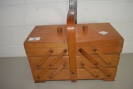 WOODEN EXTENDING BOX WITH VARIOUS TRAYS