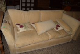 GOOD QUALITY MODERN THREE-SEATER SOFA WITH SCATTER CUSHIONS
