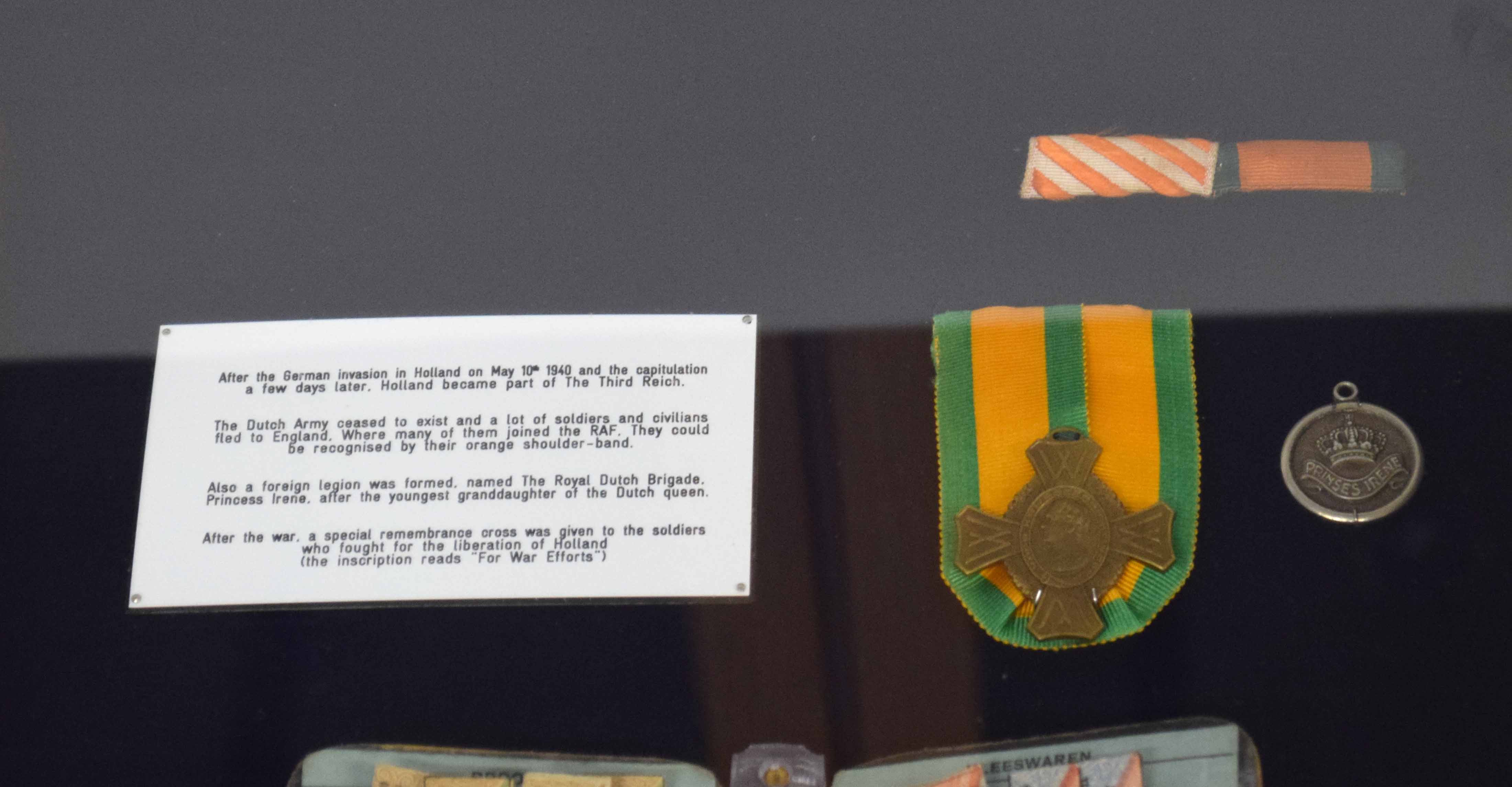 WWII display case with items from German occupied Holland to include civilian ration coupon - Image 5 of 5