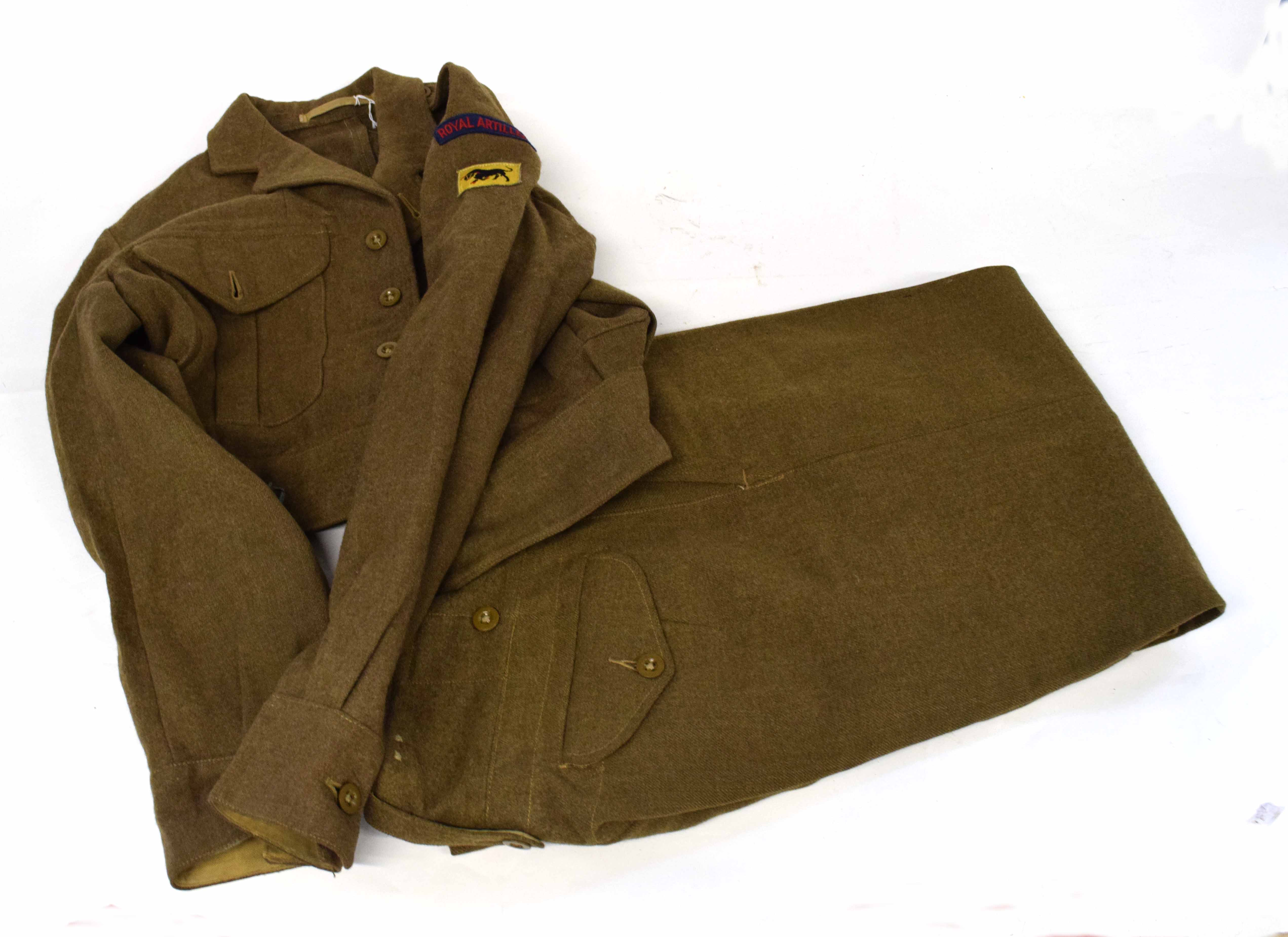 Set of battle dress 1949 pattern to include blouse dated 1952, size 8, badged up to 11th Armoured