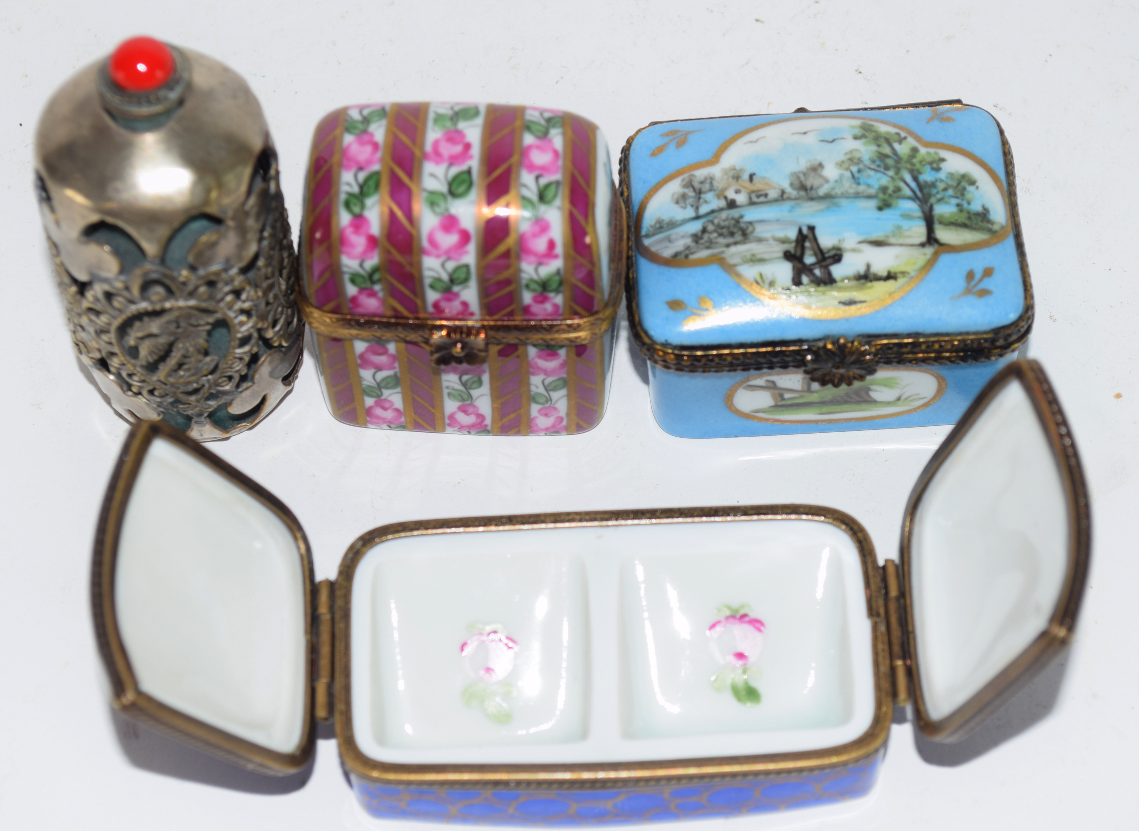 Small plastic bag containing quantity of 19th century enamel boxes by Limoges, (4) - Image 3 of 5